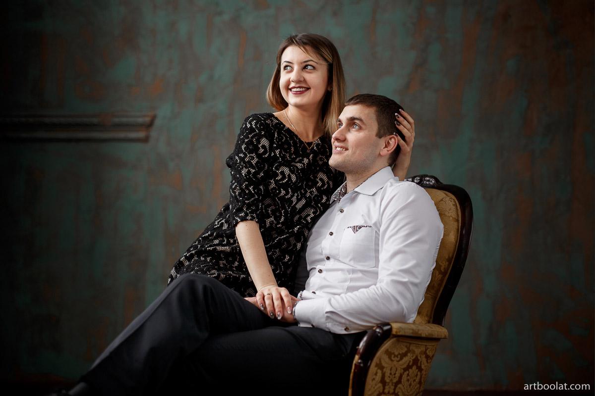 Оригинальная фотосессия love story в студии Минск, заказать и смотреть примеры на сайте фотографа Булата Ягудина